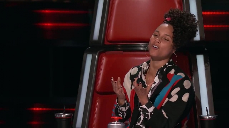 Voice 2017 Blind Audition - Lilli Passero_ _A Love of My Own_ 00_03_41-00_04_56