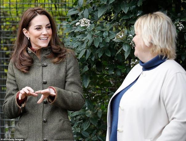 Кейт Миддлтон посетила общественный сад короля Генриха в Ислингтоне
