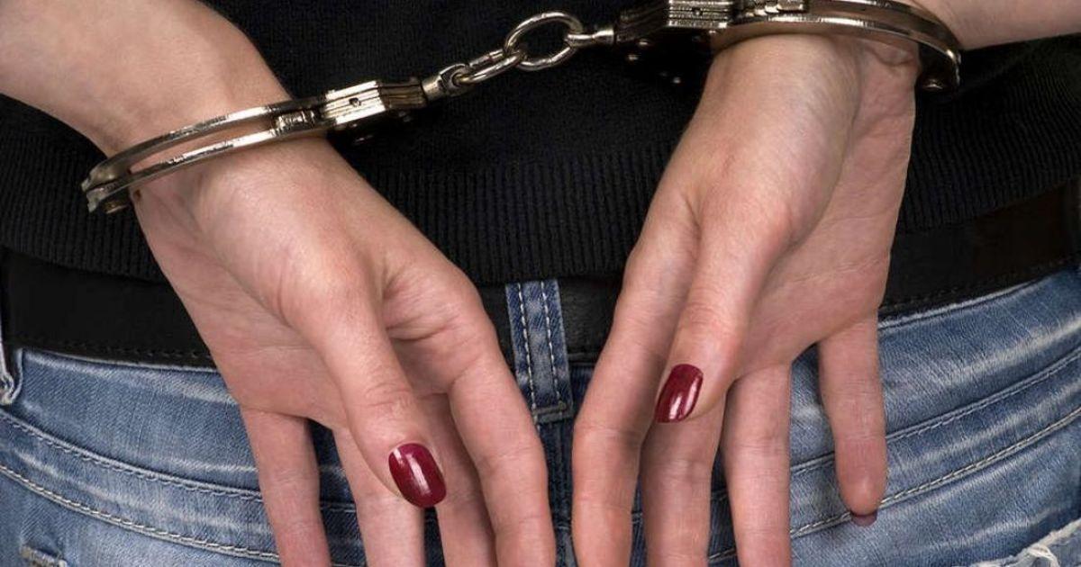 В Таганроге полицейские задержали воровку-рецидивистку, укравшую товара на 10 тыс.рублей