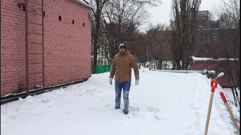 снежный заплыв на крыше 2019