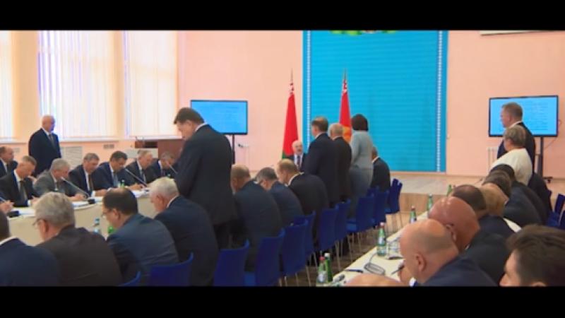 Лукашенко в ярости увольняет всё свое правительство!