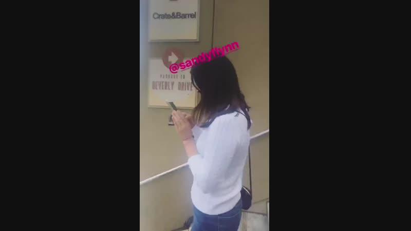14 октября 2018 Беверли Хиллз США Лана с подругами после обеда в ресторане Gratitude Beverly Hills по случаю ДР Сэнди Флинн