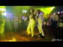 БУЙ БУЙ -  песня (Киргизия)  Самая красивая танцевальная пара Ataca  La Alemana