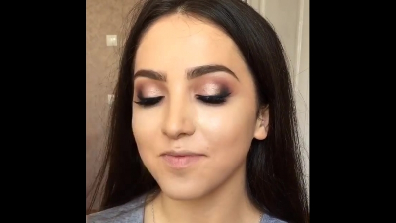 Оцените макияж визажиста