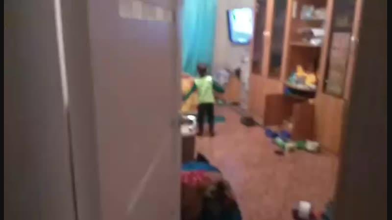 Ars is dancing tecktonik