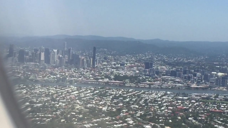 ✈️💺 into Brisbane