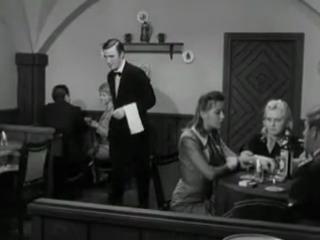 Встреча Штирлица с женой в кафе