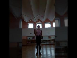 обучающее видео для жонглирования 5 шариками