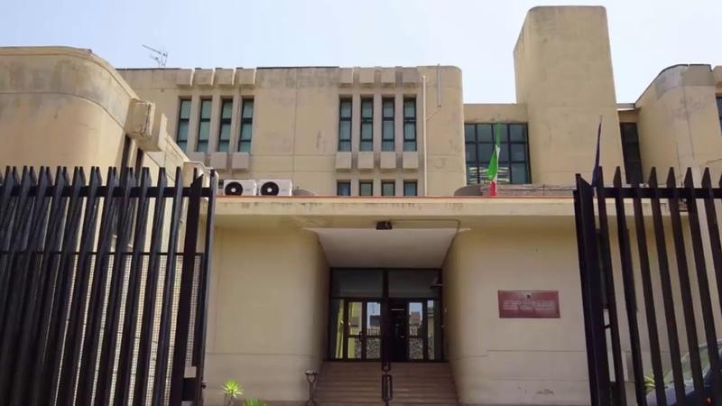 Итальянский хирург обязуется судом выплатить 15 000 евро JW