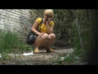 видео золотой дождь девушек на парня