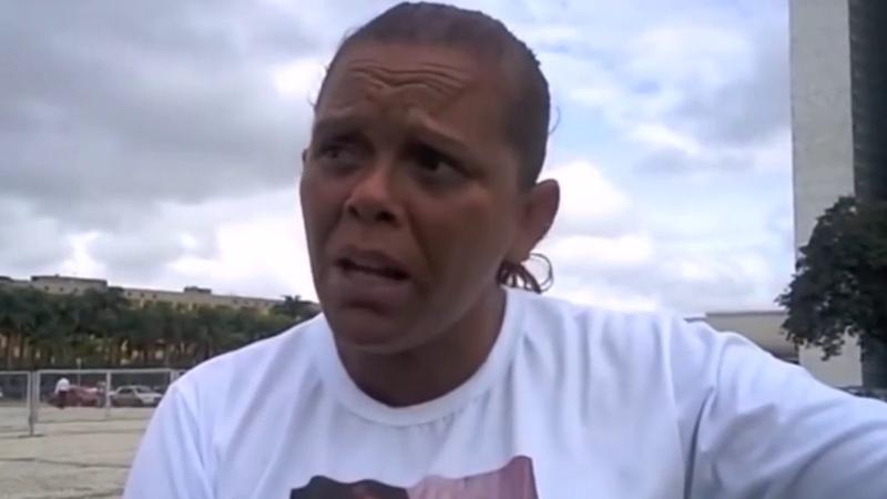 Mãe pede Ajuda de Dilma, Mas Quem Vai é Bolsonaro!