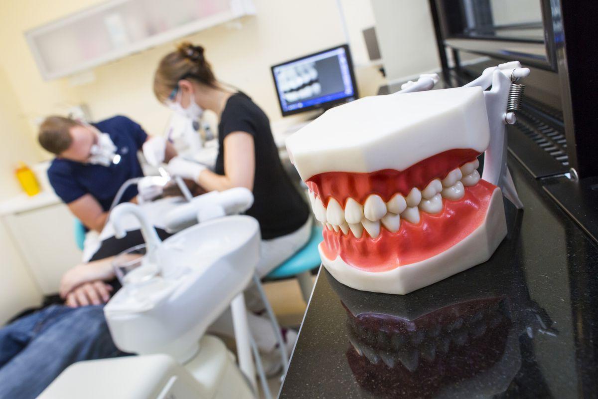 Что такое стоматологический консультант?