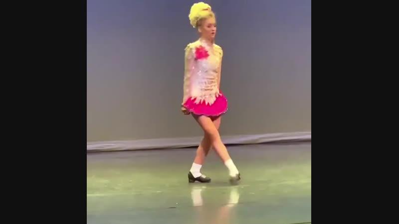 Fiona Dargan - Planxty Davis   Ирландские танцы