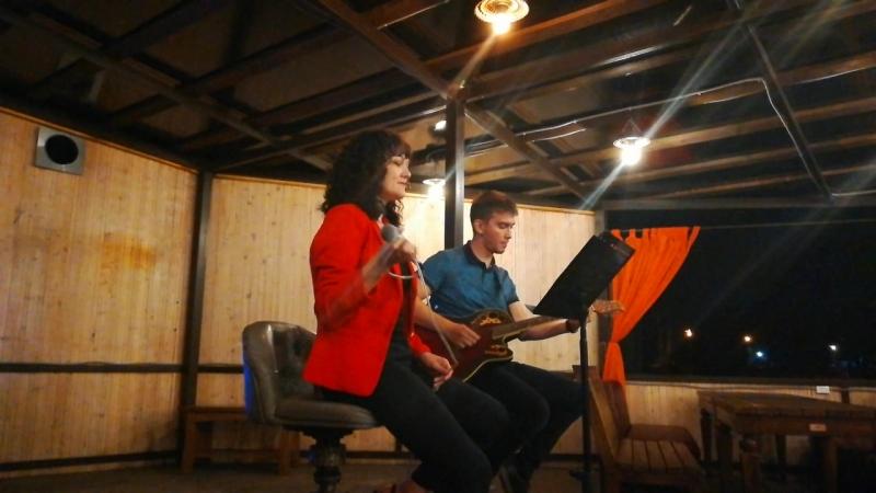 Акустический дуэт MaY (Москвина мМрия и Юрий Благоразумов) - почему день (гости из будущего)