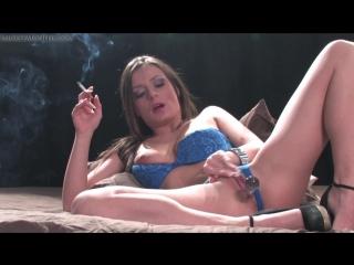 Denice K Smoking And Masturbating