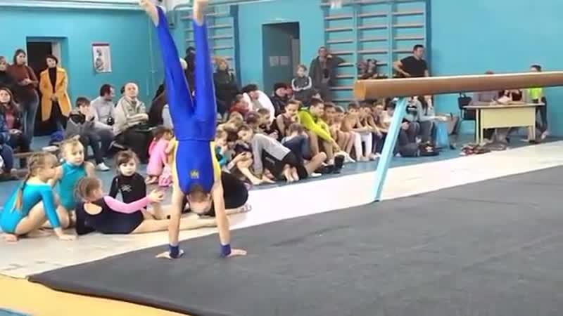 Спортивная гимнастика. Вольные упражнения. Мужчины. Gymnastics. Floor Exercise.
