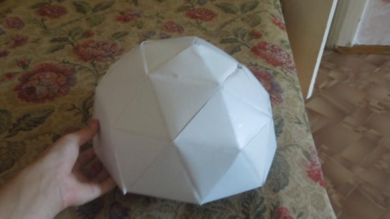 Геодезический купол из картона.