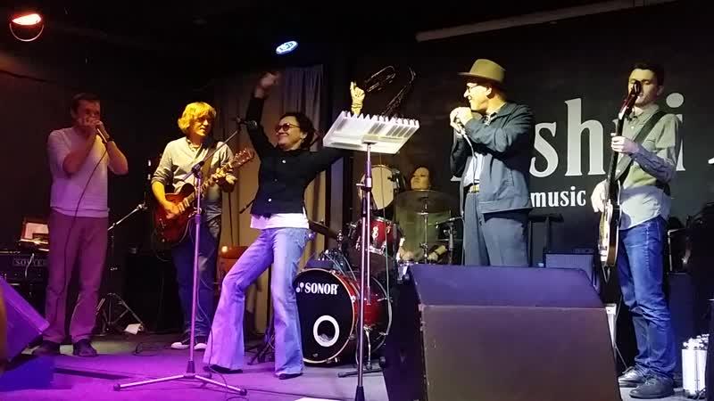 Mark Hummel, Лера Гехнер, Семен Плясцов Jumping Cats в клубе Bashni.
