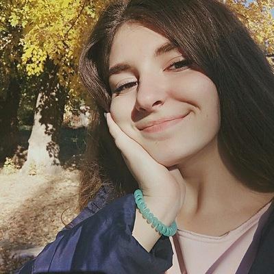 Элина Кирьякова