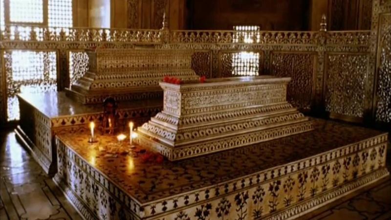 Мавзолей Тадж Махал в Агре Индия