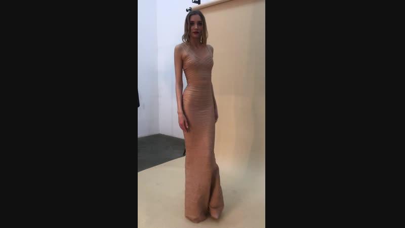 Золотое платье Herve Leger Вечернее