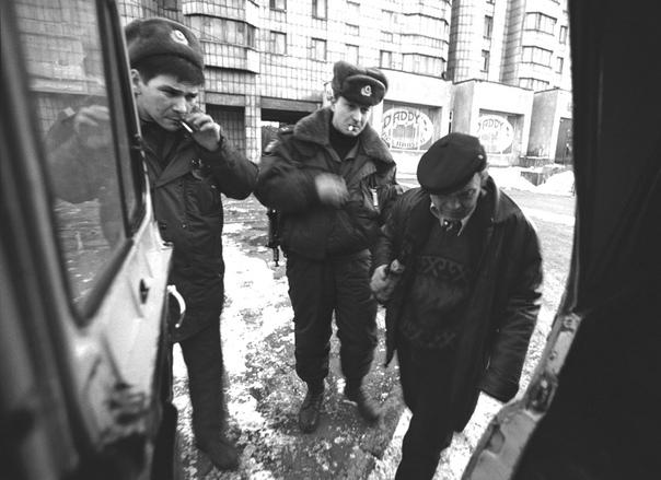 В конце 70-х годов в СССР была предпринята попытка проведения исследований, никак не вписывавшихся в рамки