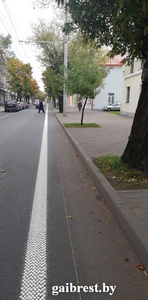На ул. 17 сентября в Бресте появилась велосипедная дорожка