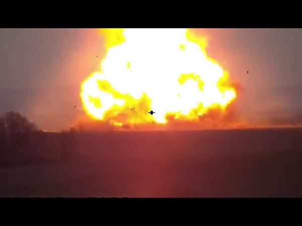 Постріл в ціль детонація БК