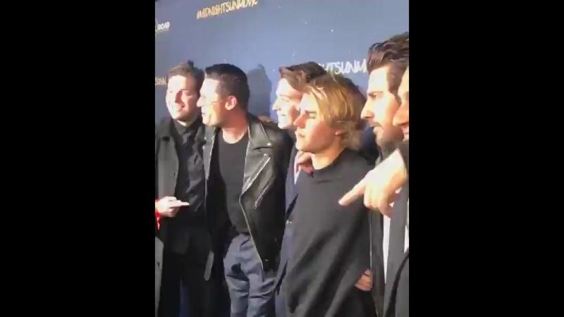 Midnightsunmov @JustinBieber arrives at the MidnightSunMovie premiere! JustinBieber
