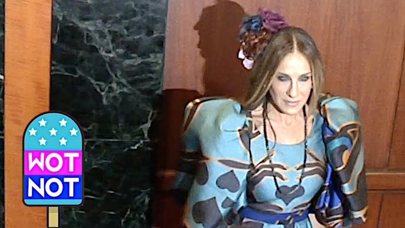 Sarah Jessica Parker Stuns at GLAAD Awards Before Presenting BFF Andy Cohen With Award