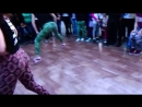 رقص بنات أجانب فااااجر أووى- على مهرجان قط وفار اللى مكسر مصر 2018.mp4
