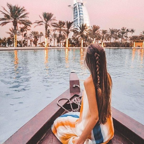 Горящие туры в Эмираты на 4 ночи с завтраками от 12200 с человека
