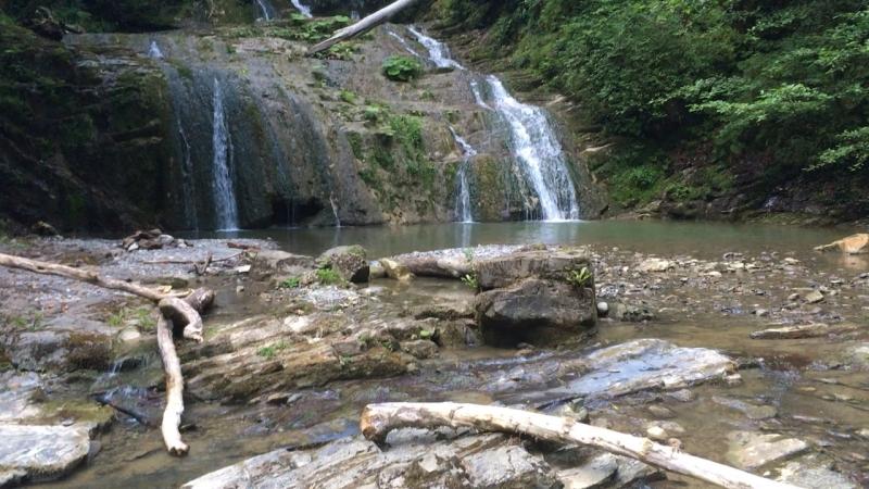 Ореховские водопады, мы доехали на мопеде