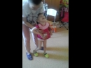 Ульяша ходит