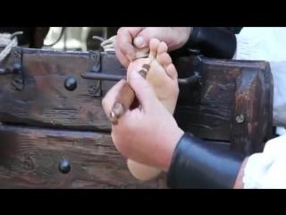 Renfaire tickle