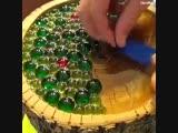 Интересная идея - превращение старого пня в декоративный маленький столик - Моя дача