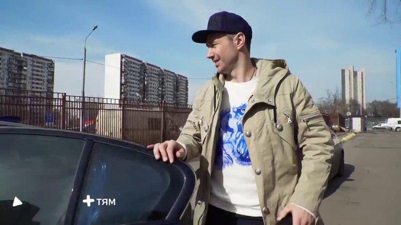 Илья Ковальчук в РДКБ с подопечными Фонда Подсолнух