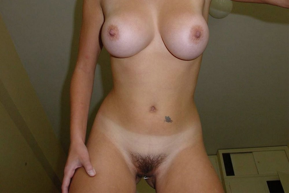 Lezzie acquires her pierced clitoris played with
