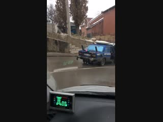 ДТП с НЛО на памятнике Стачки  Ростов-на-Дону Главный