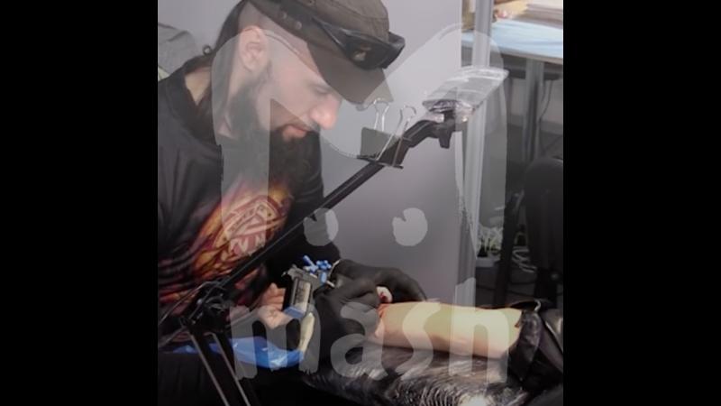 В России можно сделать тату из праха умершего человека