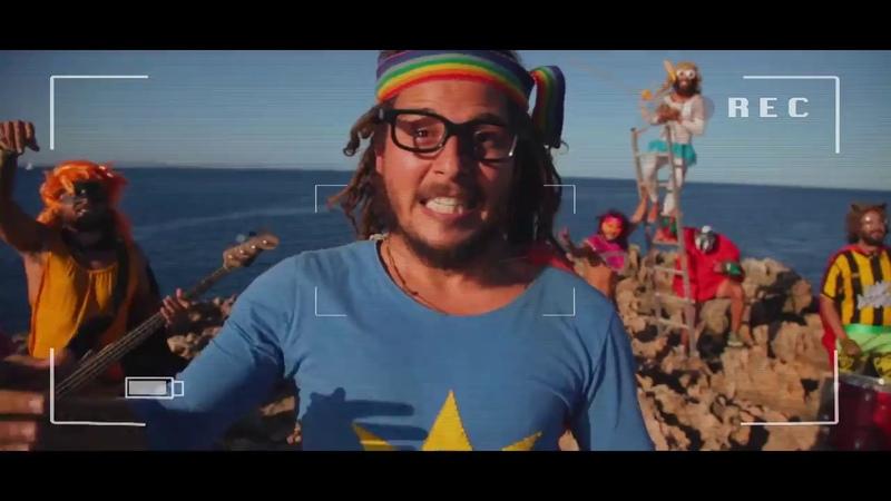 SUPER CUMBIA Y LA LIGA DE LA ALEGRIA Los muchachos CLIP OFICIAL HD 720p