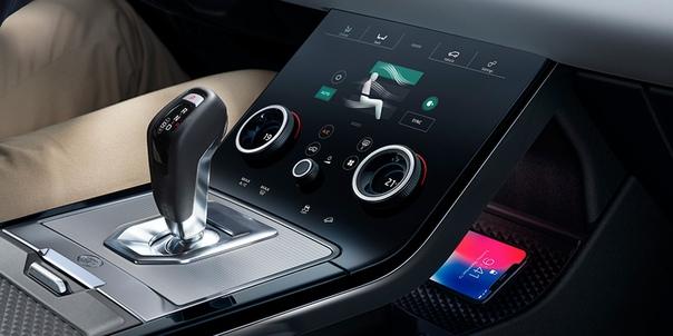 Range Rover представил Evoque нового поколения. Британцы представили свою самую доступную премиальную модель. В ней изменилось буквально все. Выдвижные ручки дверей, подзаряжаемый гибрид и