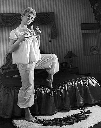 А вы знали, что слово «пижама» в переводе с персидского означает «одежда для ног»