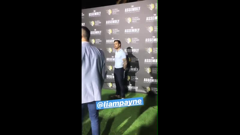 VIDEO Liam doing press for the show !