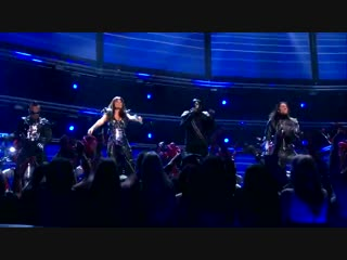 The black eyed peas - imma be/i gotta feeling (live on grammys 2011) ft. david guetta