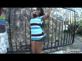 Nyomi Banxxx большая черная задница