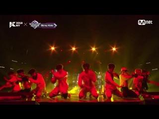 180705 Stray Kids - INTRO(3RACHA) + District 9  KCON 2018 NYMCOUNTDOWN