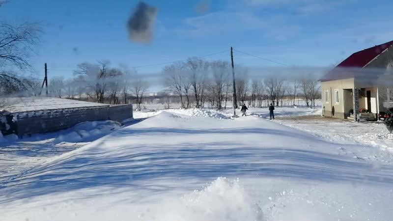 Вот так мы дороги делаем после обильных снегов