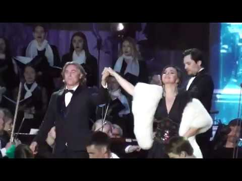 Роберто Аланья Александра Кужак Дж Верди Brindisi Застольная песня из оперы Травиата