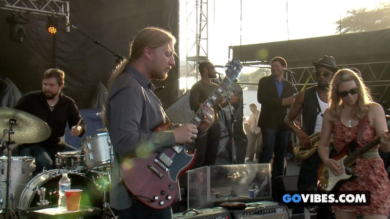 Tedeschi Trucks Band - Made Up Mind (Live at Vibes Music Festival, 2013)